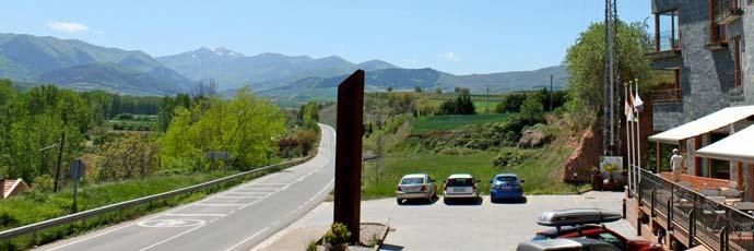 Hotel Conde de Badarán situado en el valle del río Cárdenas